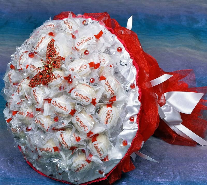 Большая конфета рафаэлло своими руками