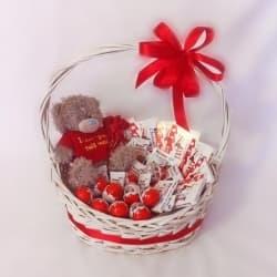 Подарочные корзины со сладостями
