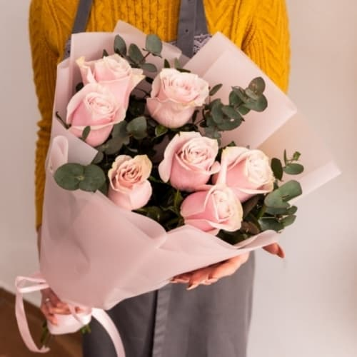 """Букет из розовых роз """"Вита"""""""