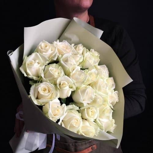 """Букет из белых роз """"Опра"""""""