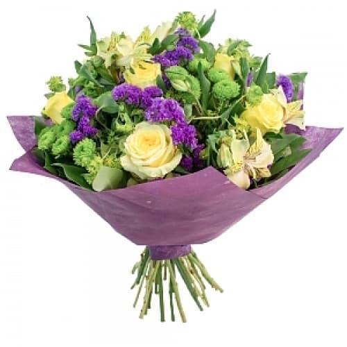 """Букет из цветов """"Иззи"""""""