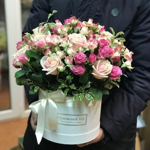 """Розы в шляпной коробке """"Чистое сердце"""""""