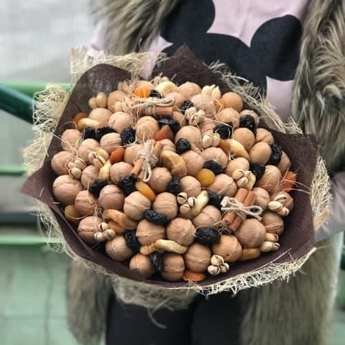 Ореховый с сухофруктами №18
