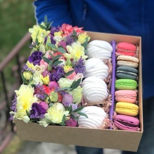 Цветы, зефир и макаронс №34