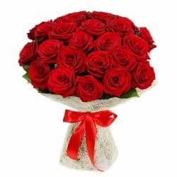 """Букет из красных роз """"""""Моника"""