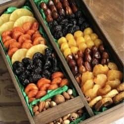 Ящик с орехами и сухофруктами №4