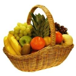 """Подарочная корзина с фруктами """"Витамины"""""""