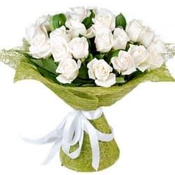 """Букет из белых роз """"Адриана"""""""