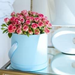 Кустовая роза в цилиндре
