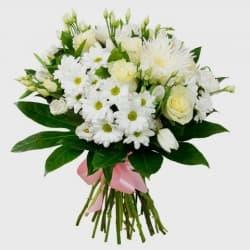 """Букет из роз и хризантем """"Адель"""""""