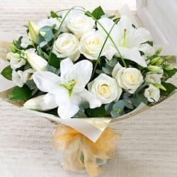 """Букет из лилий и роз """"Доминика"""""""